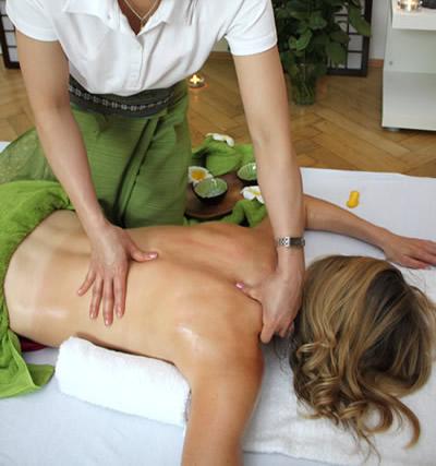 Schulter- und Nackenmassage